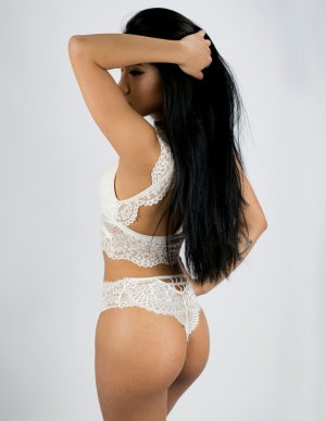 Marie-alicia adult dating
